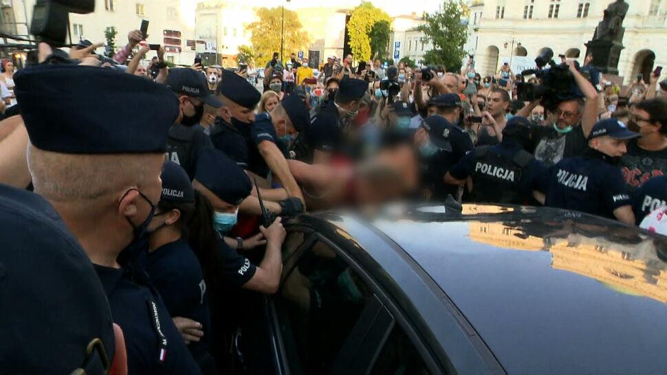 Protest na Krakowskim Przedmieściu. Blisko 50 osób zatrzymanych