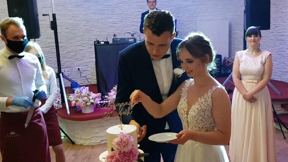 """""""Sześćdziesiąt osób bawiło się za sto dwadzieścia"""". Znów można robić wesela"""