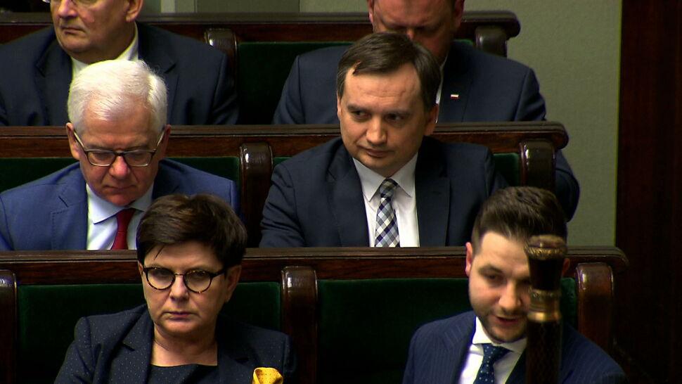 """Sejm Ziobrę obronił, opozycja nie odpuszcza. """"Już nie sposób zliczyć afer"""""""