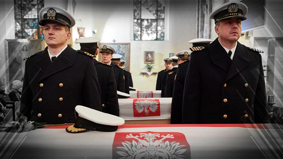 Uroczysty pogrzeb komandorów straconych w PRL-u