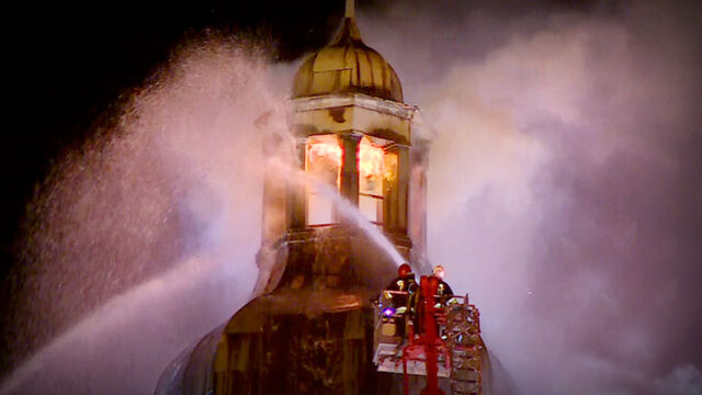 Były proboszcz spalonej katedry z wyrokiem, drugi czeka na proces