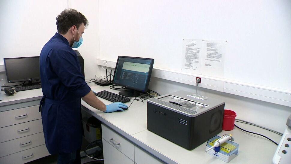 Brytyjska mutacja koronawirusa potwierdzona u pacjentki w Małopolsce