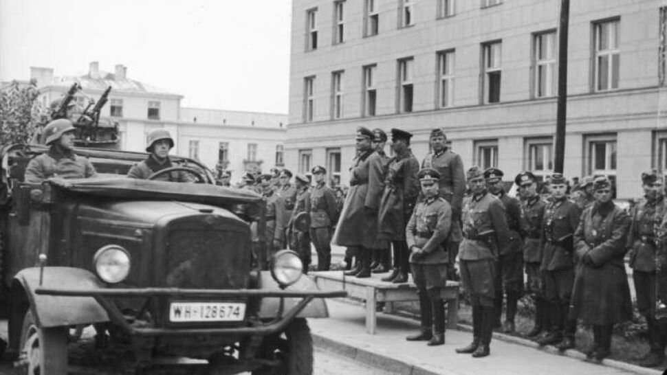 """Ribbentrop-Mołotow """"taktycznym porozumieniem z Hitlerem""""? Świat zdumiony słowami Siergieja Naryszkina"""