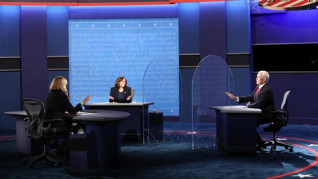 02.10.2020   Kandydaci na wiceprezydenta USA stanęli ze sobą twarzą w twarz