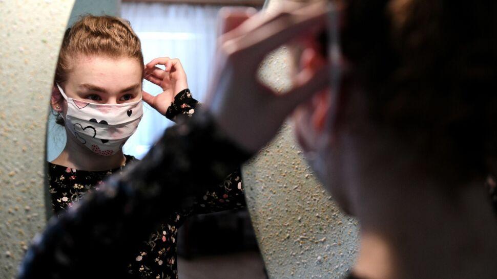 Resort zdrowia przewidział wyjątki do obowiązku zakrywania ust i nosa. Co trzeba wiedzieć?