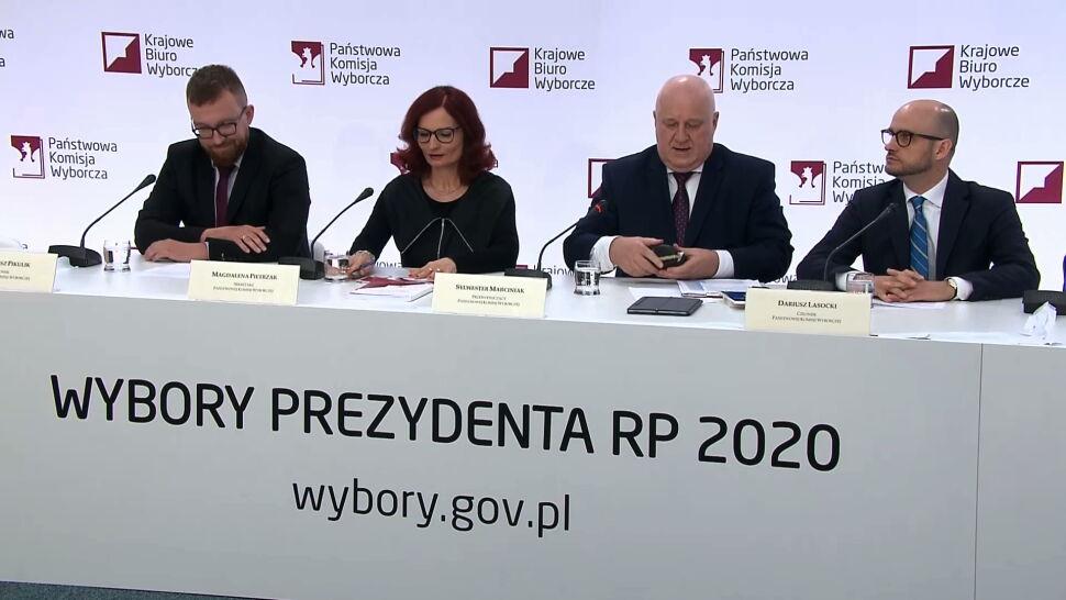 PKW podała wyniki z ponad 99 procent obwodów. Trzaskowski i Duda w drugiej turze