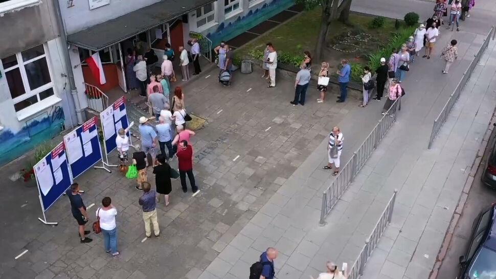 Wysoka frekwencja i kolejki przed lokalami. Jak wyglądał dzień głosowania?