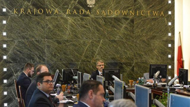 """Szóstka prokuratorów z pozytywnymi opiniami KRS. """"Lista nowych sędziów Sądu Najwyższego jest dawno ustalona"""""""