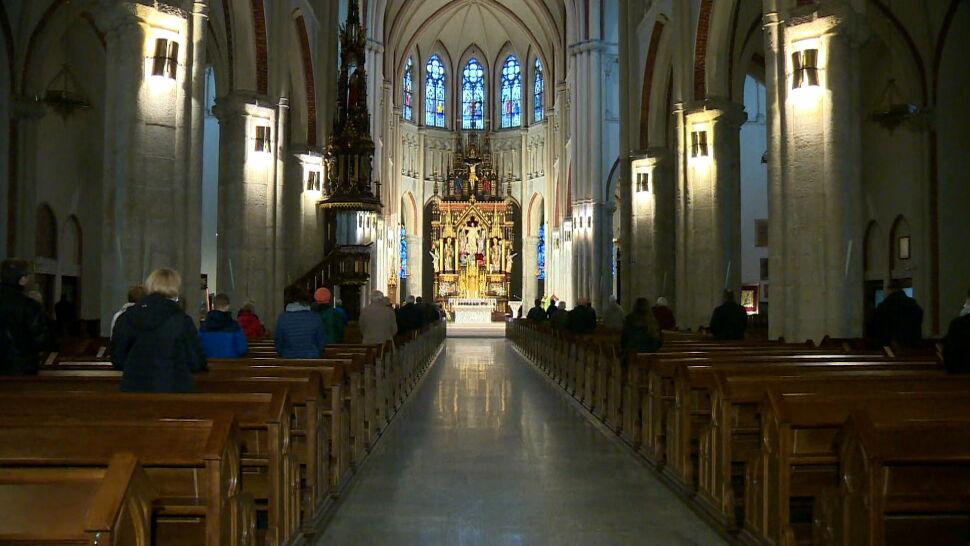 Nowe obostrzenia w kościołach. Duchowni apelują do wiernych