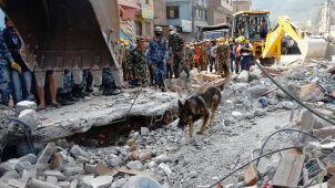 Nepalowi obiecano miliardy dolarów na odbudowę. Najwięcej dadzą Chiny i Indie, a najmniej UE