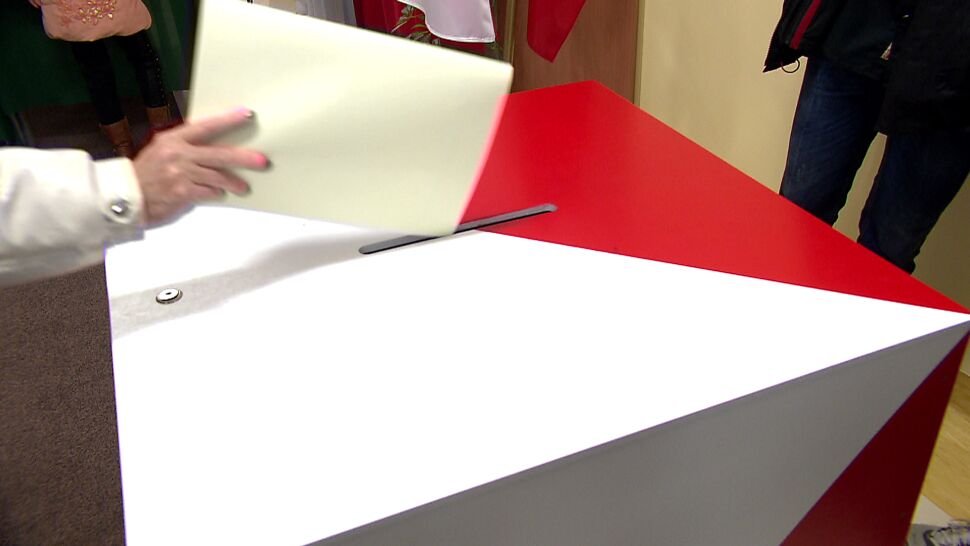 Minął termin rejestracji komitetów wyborczych. Kampania samorządowa rusza pełną parą