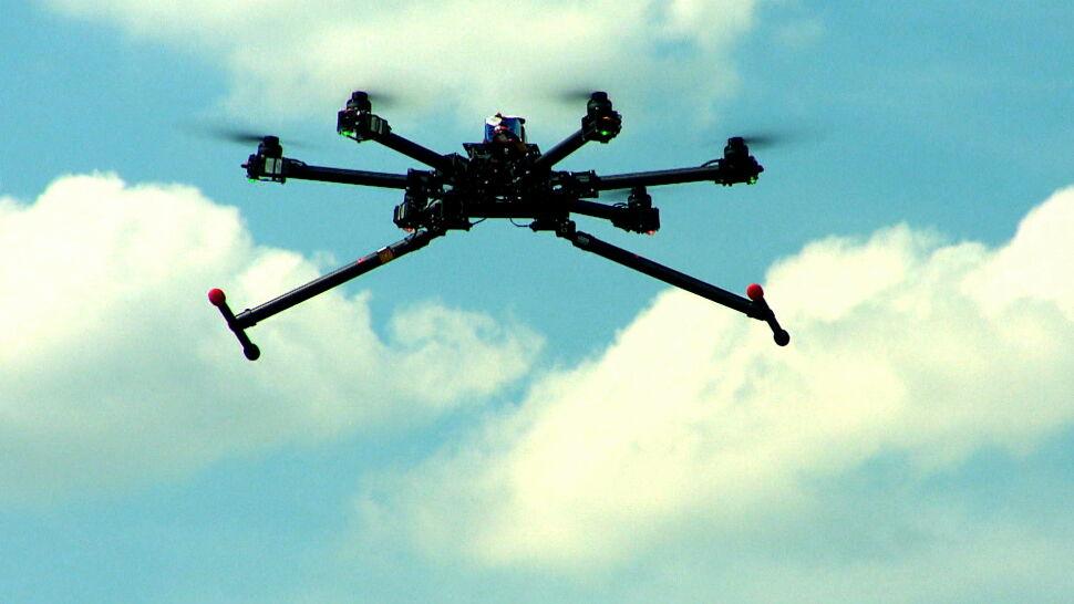"""Polacy polubili drony. """"Prawo jest poukładane, chodzi o to, by było egzekwowane"""""""
