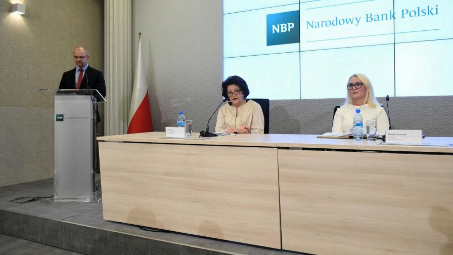 Dyrektor w NBP nie zarabia 65 tysięcy złotych. A ile? Tego nie podano