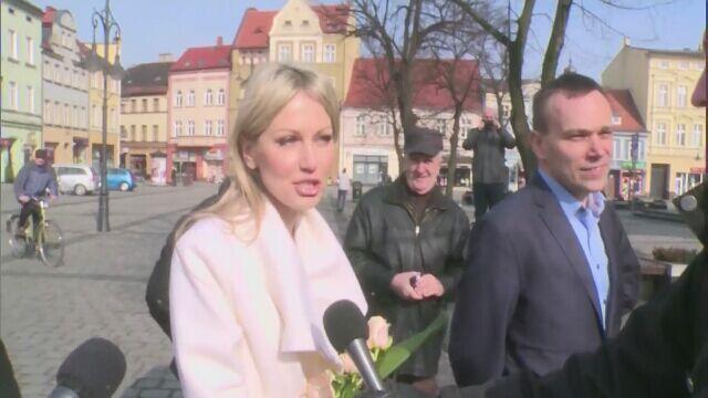 01.03 | Magdalena Ogórek przerywa milczenie i rozmawia z dziennikarzami