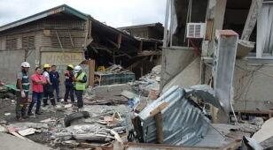 Mur przygniótł 6-latkę. Trzęsienie ziemi na Filipinach