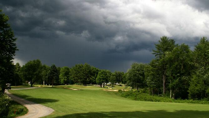 Prognoza pogody na dziś: burzowo. Będą miejsca i bardzo chłodne, i bardzo ciepłe