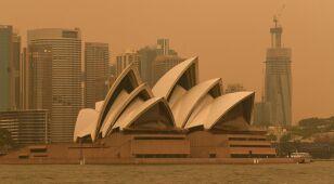 Sydney spowite dymem.
