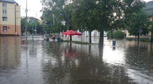 Ostrów Mazowiecka - centrum miasta pod wodą (Kontakt 24 / Magdalena)