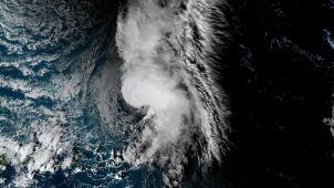 Burza tropikalna na Atlantyku. Może dotrzeć do Azorów