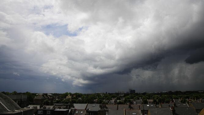 Prognoza pogody na dziś: dzień pod znakiem przelotnych opadów i burz