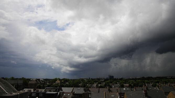 Prognoza pogody na dziś: <br />burze. Od 22 do 27 stopni