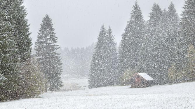 Intensywne opady śniegu, oblodzenie i zawieje śnieżne. Prognoza zagrożeń IMGW